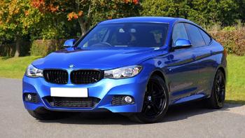 Sininen BMW