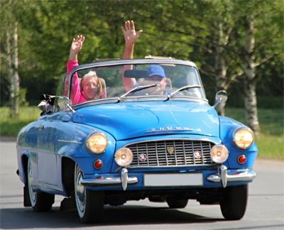 Vanha Skoda, eläkeläiset ajavat